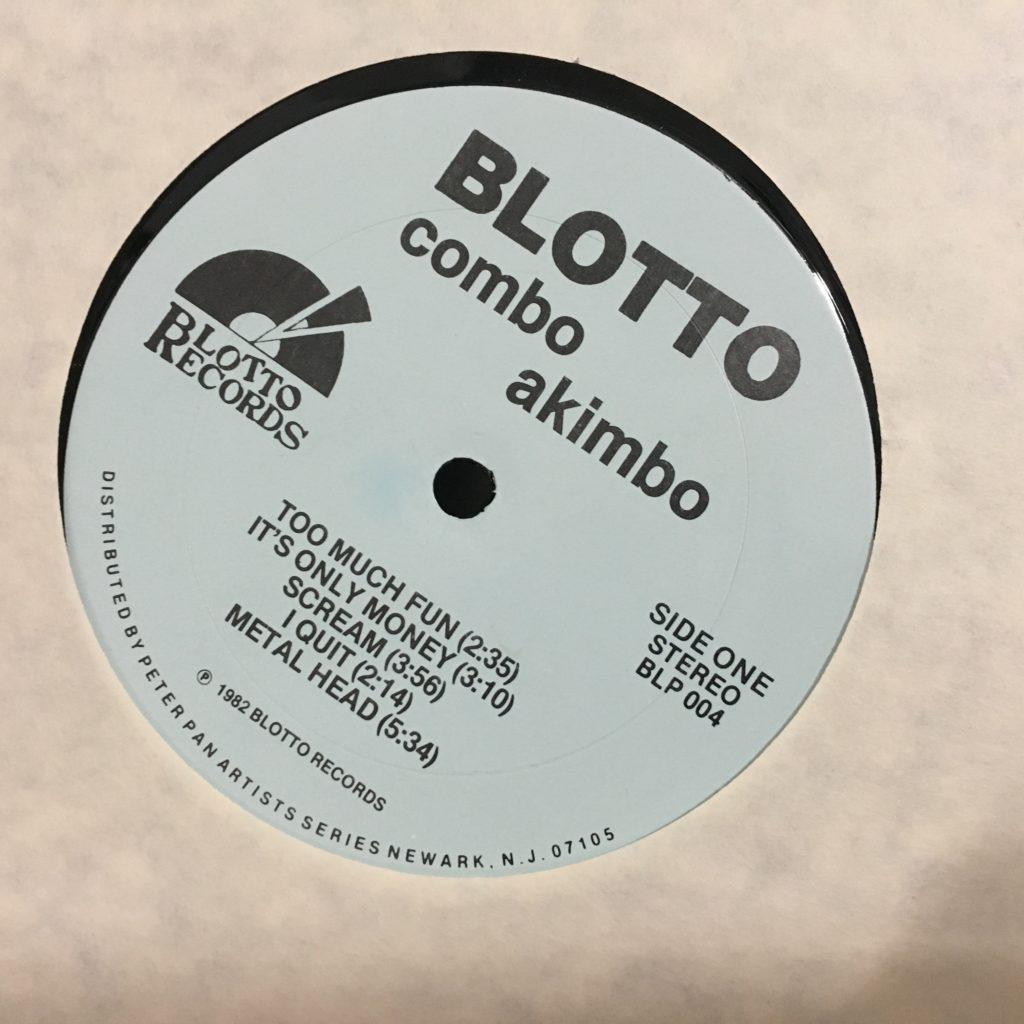 Blotto Combo Akimbo label