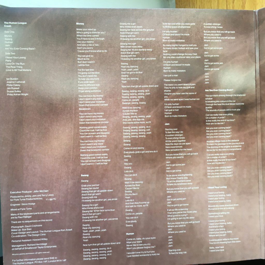 Crash gatefold left