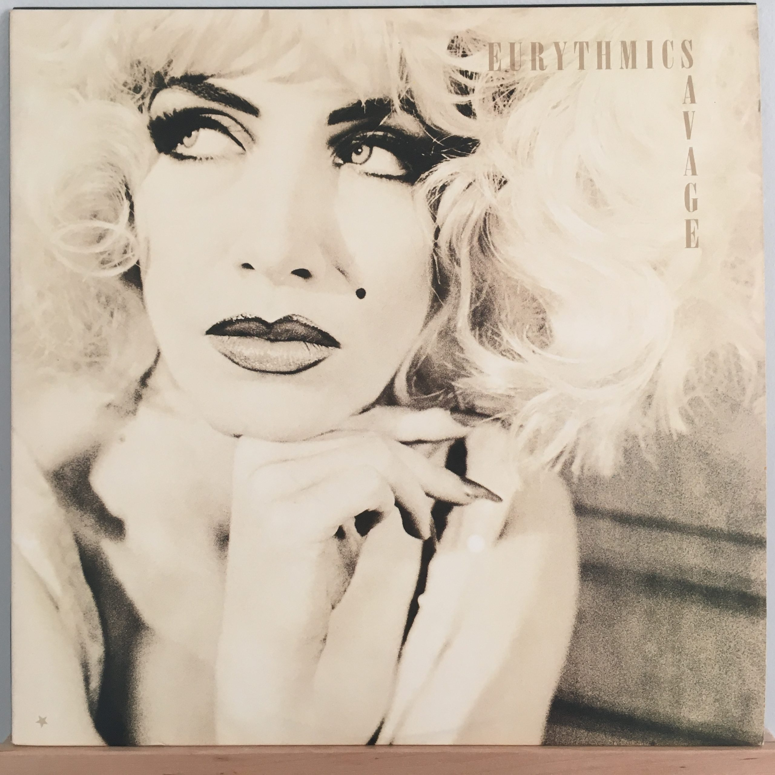 Eurythmics Savage front cover